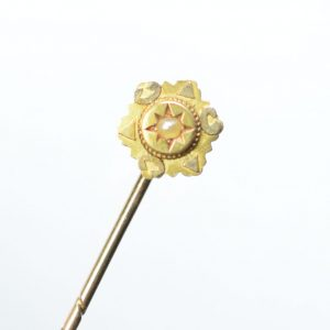 15ct Gold Pearl Antique Stick Pin